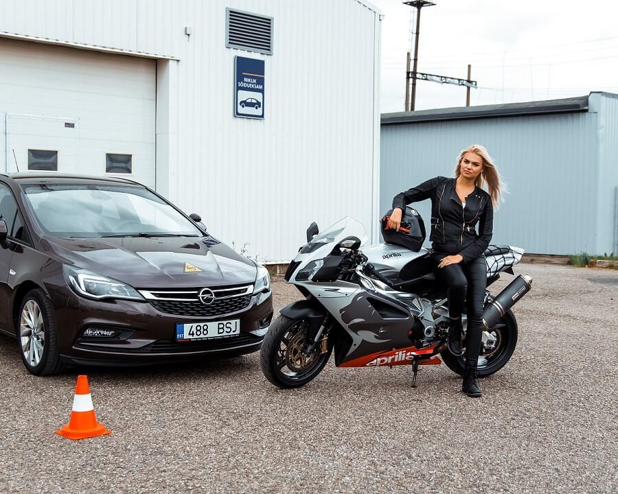 autokool Tartus | juhilubade tegemine Tartu | juhiload | Tartu autokool | Tartu Motokool | Mootorratta juhilubade tegemine Tartu